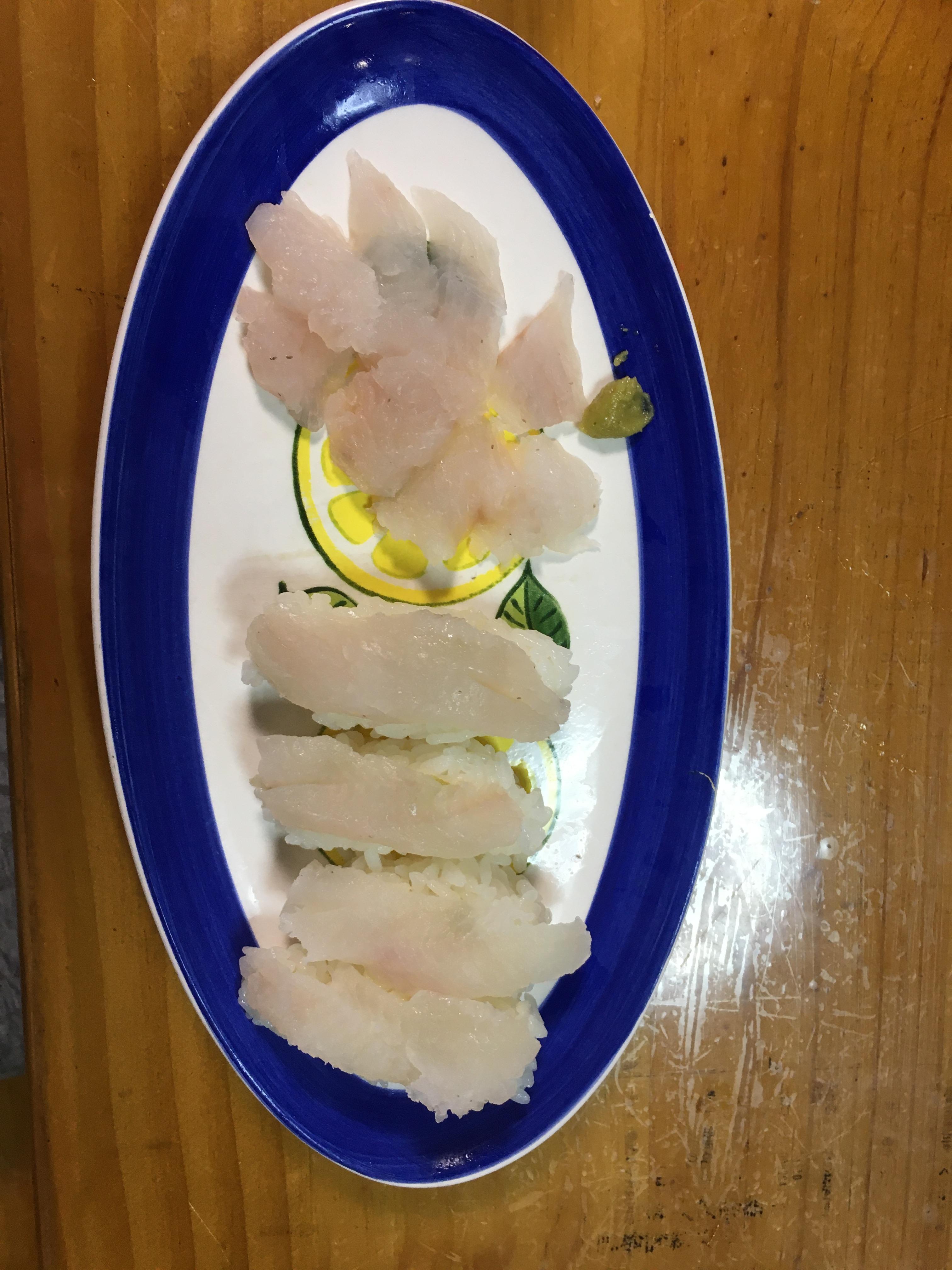 カサゴの寿司とお刺身