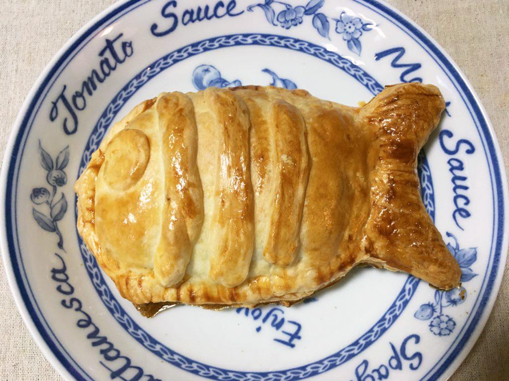 ニジマスで「あの」おさかなパイを作ってみました。意外とイケました。