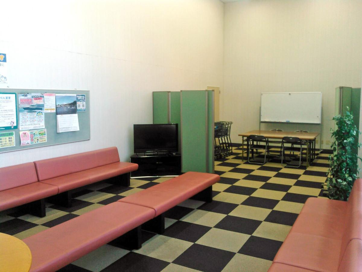 ミーティングルーム室内2