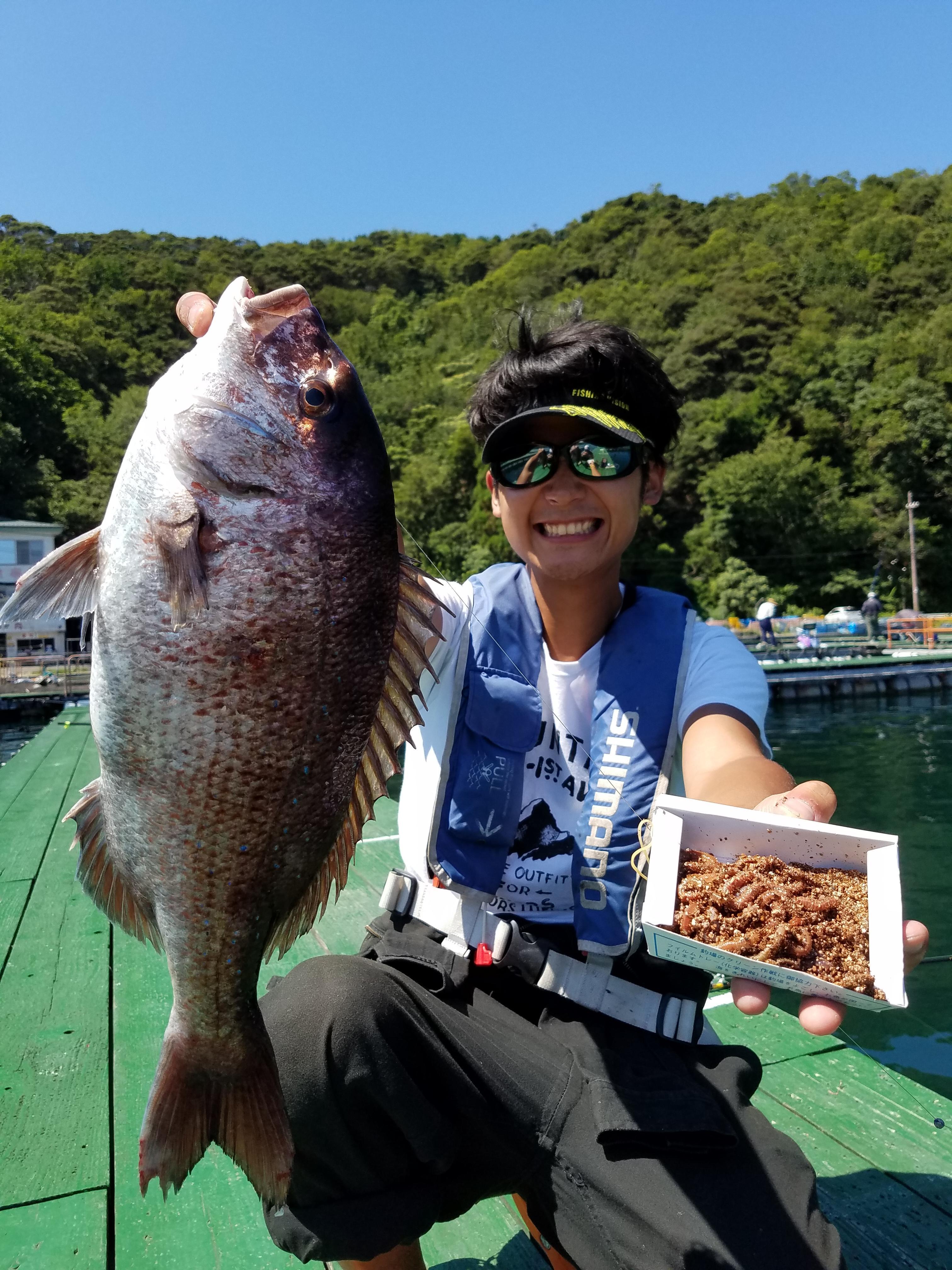 真夏の海上釣堀!初心者でも大丈夫♪ご家族と、友人と、カップルで!夏休みは釣りを楽しもう!