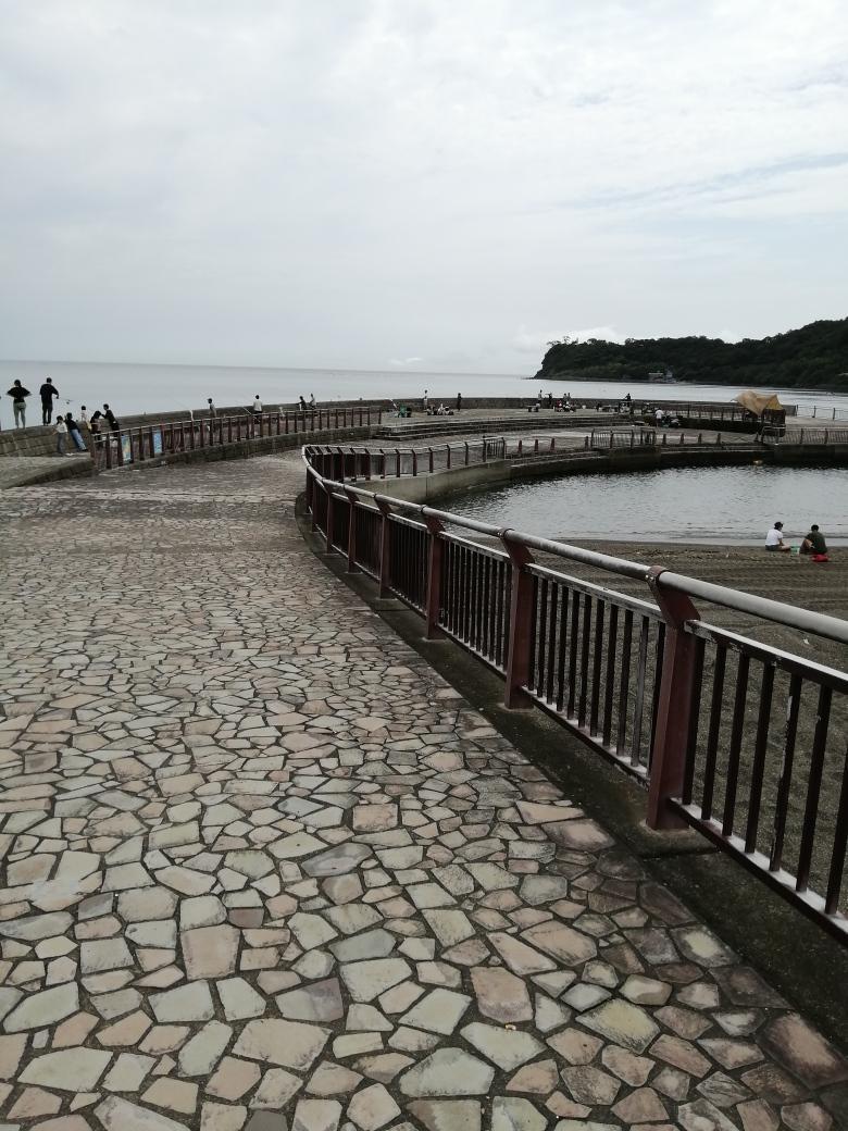 川奈いるか浜堤防