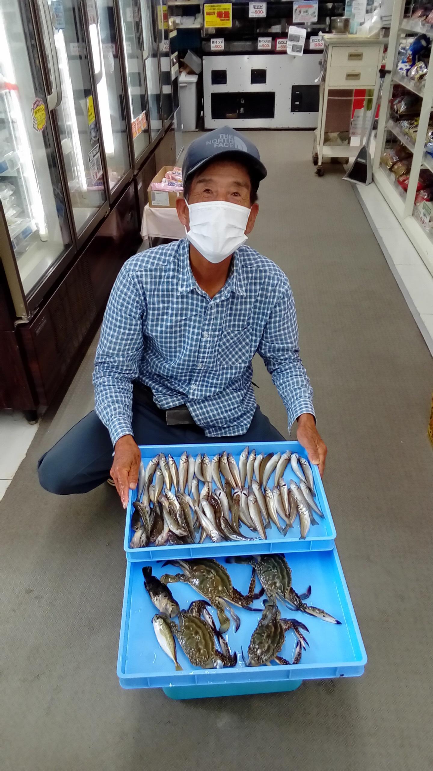 常連の柴田様の釣果。良型のキス釣れてます!