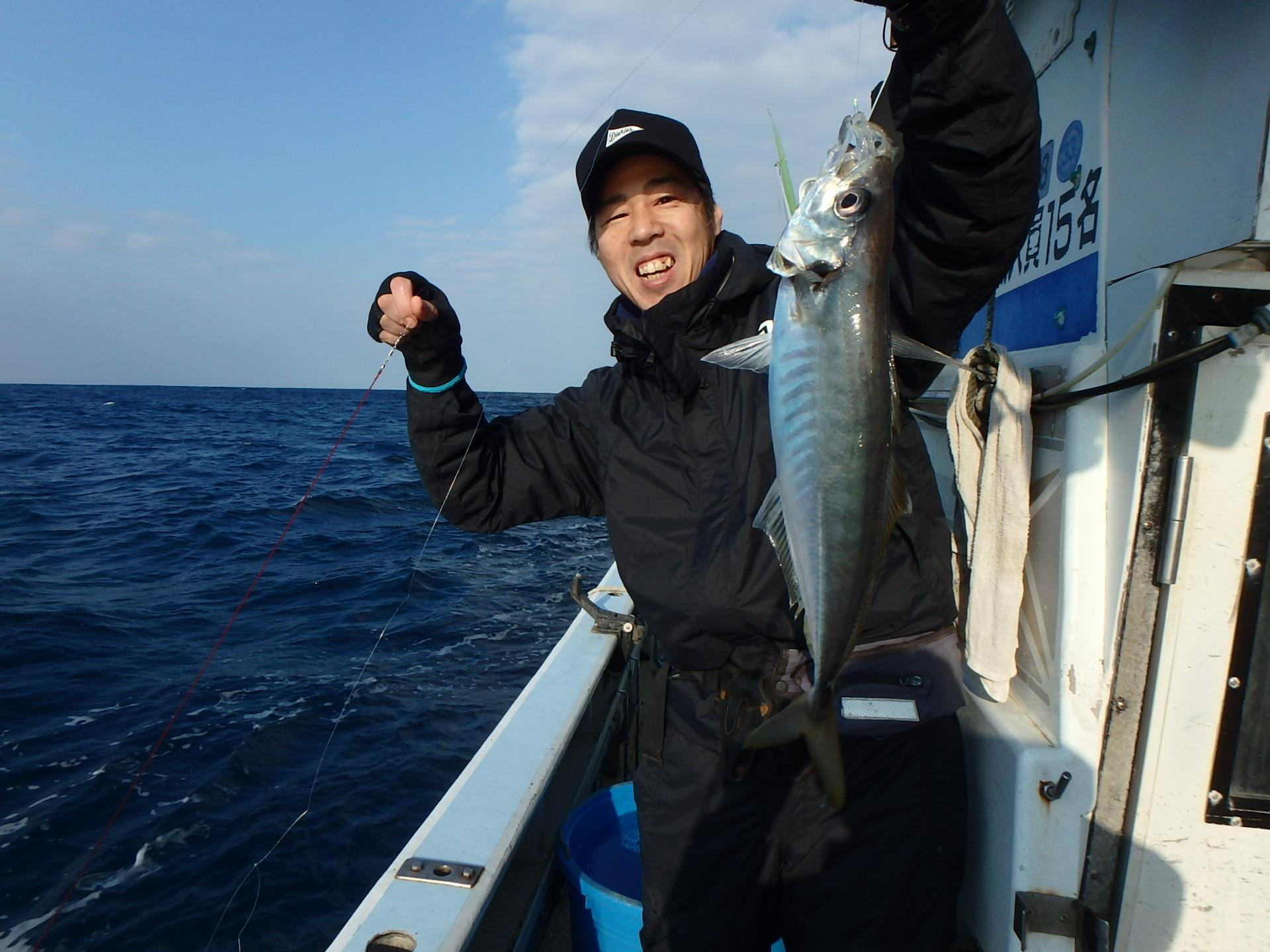 福田港啓秀丸様にて出船。当日は潮があまり動かず渋目でしたが今後まだまだ期待大!!