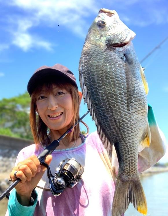 仕事前にハゼクラをしに浜名湖へそうしたらまさかのキビレ、しかもでかい!!