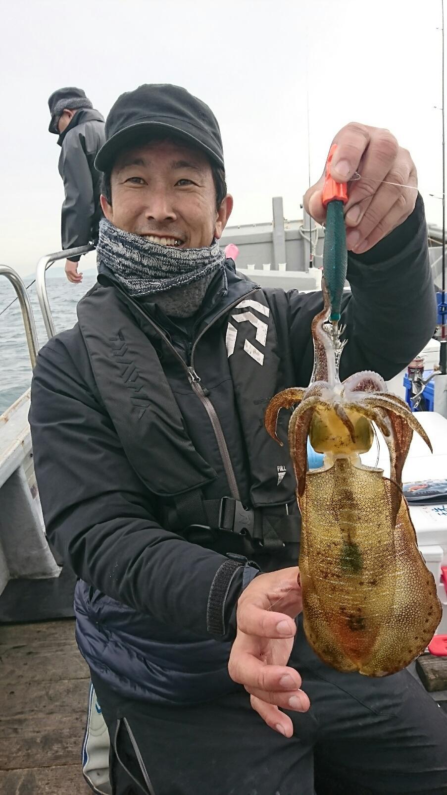 【第三太漁丸】なまこ業専念のため12~1月は休業になります!