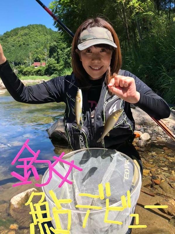 西春店スタッフ内山初鮎釣り!少し難しかったですが、最後にはひとりで釣ることができました!
