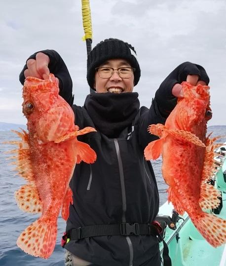 良型オニカサゴ 0.7キロと1キロが釣れました!!