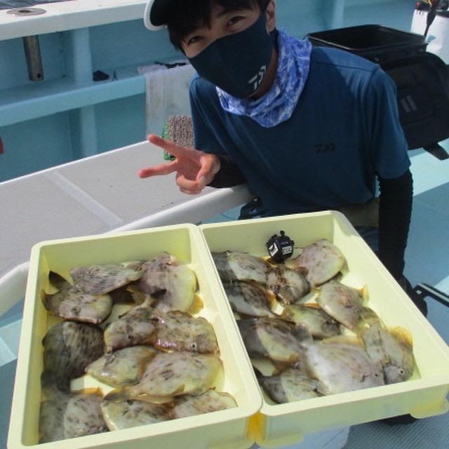 こちらの常連様はデラ旨良型カワハギ含めて❷❾枚 釣りましたよッ(о´∀`о)