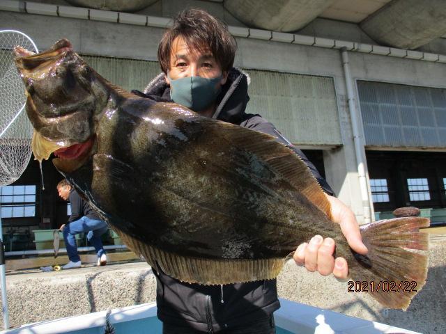 いつもの常連様は念願の肉厚ろくまるOver寒ビラメを釣り上げましたッ(´∀`*)