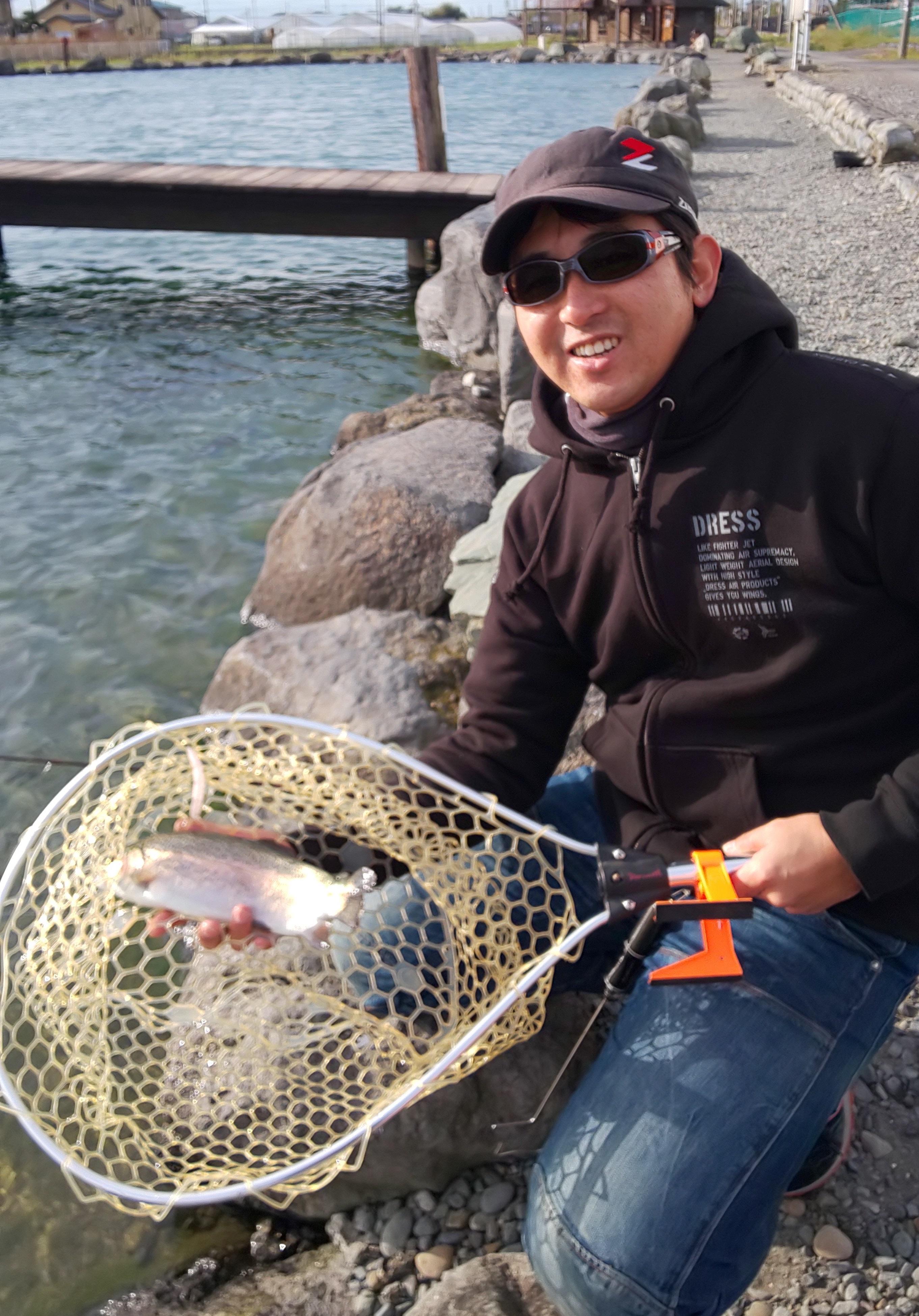 このサイズの魚が中心に釣れてきました。年末年始も営業しているそうなので、年末の釣り納め、年始の釣り始めにいかがですか。